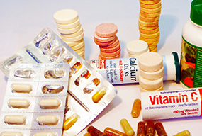 https://service.krebsinformationsdienst.de/bilder/vitamintabletten-kapseln-brausetabletten-blisterpack.jpg
